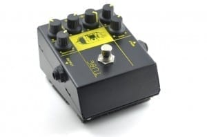 guitar distortion pedal effect