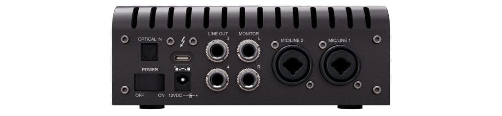 The outputs of the Apollo Twin are simplistic and don't offer complex routing options.